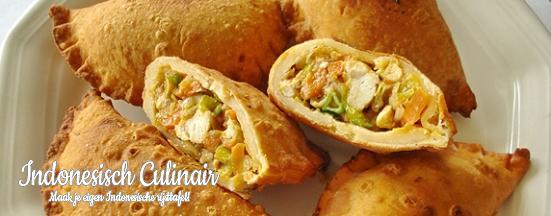 Pastei Ayam Dua | Indonesisch-Culinair.nl