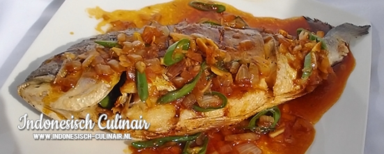 Ikan Goreng Saus Ketjap | Indonesisch-Culinair.nl