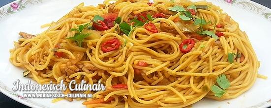Bami Ayam Sayur | Indonesisch-Culinair.nl