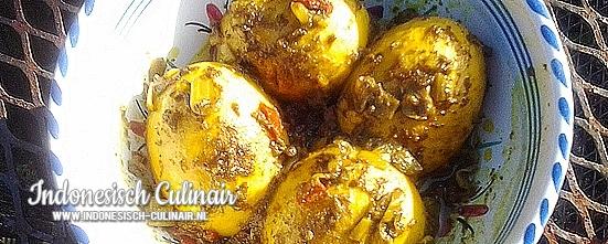 Telor di Saus Kuning | Indonesisch-Culinair.nl